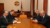 Встреча с министром иностранных дел Армении Зограбом Мнацаканяном