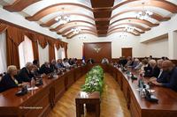 Обещание в  1 миллион долларов : Араик Арутюнян  принял делегацию Всеармянского фонда «Айастан»