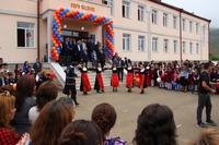 Նախագահ Սահակյանն Ազոխ գյուղում մասնակցել է դպրոցի նորակառույց շենքի բացման արարողությանը