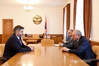Meeting with head of the Armenian Real Estate Cadastre Committee Sarhat Petrosyan